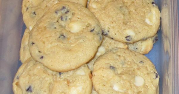 """Blueberry Cheesecake Cookies Ingredients: 2 boxes Jiffy Blueberry Muffin mix 4 oz."