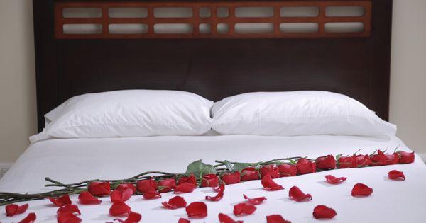 Como adornar la habitaci n para una noche rom ntica - Decorar habitacion romantica ...