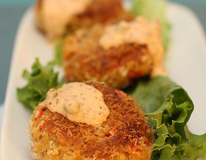 Vegan Chesapeake Tempeh Cakes- a spin on the traditional Maryland crab cake