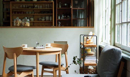 北欧テイストのカフェ風リビングダイニングのコーディネート ココチエ Kokochie 北欧風インテリア