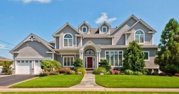 Enchanted Homes And Gardens Of Massapequa With Images Enchanted Home Home And Garden House Styles