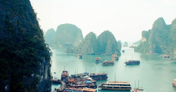 Halong Bay, Travel Accessory| http://travel-stuff-dedrick.blogspot.com