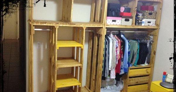 Diy pallet closet organizer organizadores palets y for Reciclado de placares