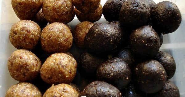 Healthy Brownie and Peanut Butter Oat Balls! No sugar, no flour, vegan./Some