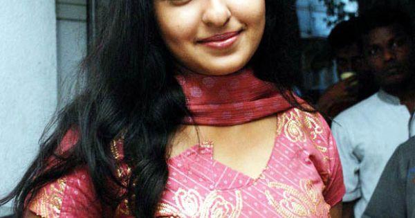 Bangladeshi Sexy Amp Hot Boobsy Real Life Boudi Monica