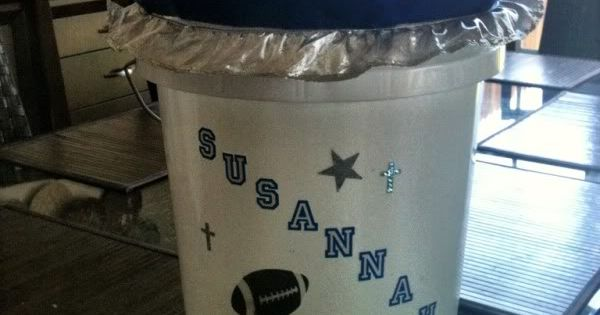 DIY cheer bucket - perfect for Upward Cheerleading!