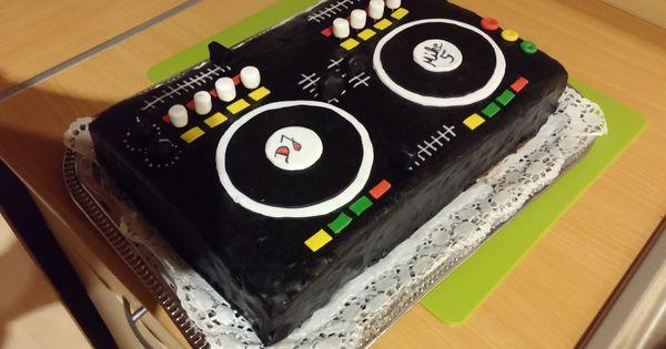 dj torte mischpult selber machen bin da wer noch dj mischpult torte selbermachen. Black Bedroom Furniture Sets. Home Design Ideas