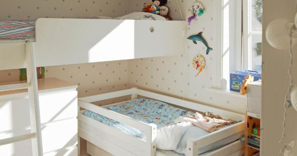 platzsparendes kinderzimmer f r 2 kinder kinderzimmer pinterest kinderzimmer kleines. Black Bedroom Furniture Sets. Home Design Ideas