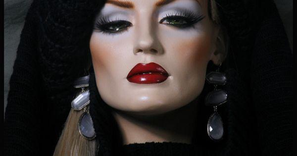 Rootstein Mannequin - love the haughty look | Mannequins ...