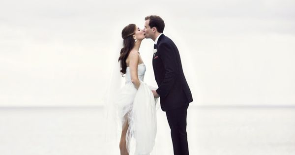 Beach Wedding Idea: Destination Wedding Photo Idea | Book Your Dream Beach