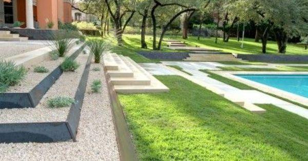 Beispiele Für Moderne Gartengestaltung Stufenförmig Pool Rasen