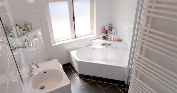 Kleine badkamer met hoekbad kleine badkamer pinterest hoekbad kleine badkamer en badkamer - Kleine badkamer in lengte ...