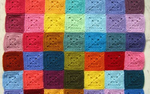 3-round solid granny squares. These squares are perfect ...
