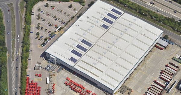 royal mail distribution centre chelmsford essex solar pv systems chelmsford solar pv panel pinterest