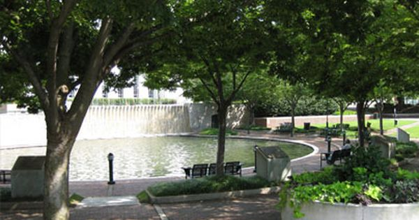 Downtown chattanooga parks and benches on pinterest