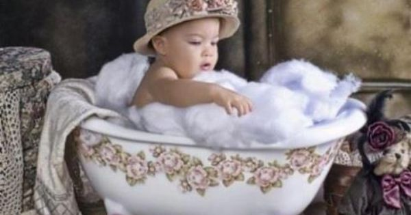 tub prop cotton stuffing for bubbles baby photography where do i get one photography. Black Bedroom Furniture Sets. Home Design Ideas