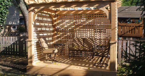 Pergola with lattice roof google search pergola for Free standing garden trellis designs