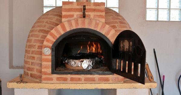 Otro horno de leña de Pereruela montado por Alfarería Duero en la provincia de ...