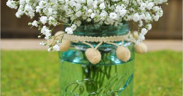 Baby's breath in a mason jar