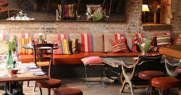 das restaurant katz orange in berlin mitte begeistert mit internationaler k che und tollem. Black Bedroom Furniture Sets. Home Design Ideas