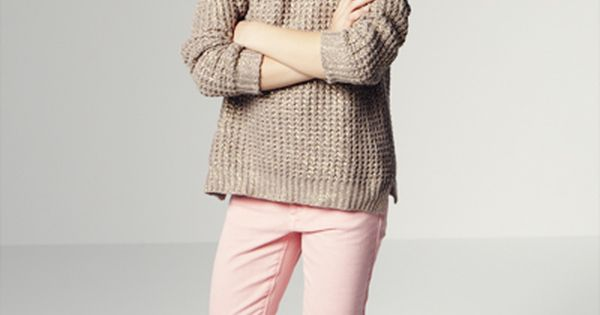 zara kids kid girl brown hair beige shirt top sweater cardigan pink