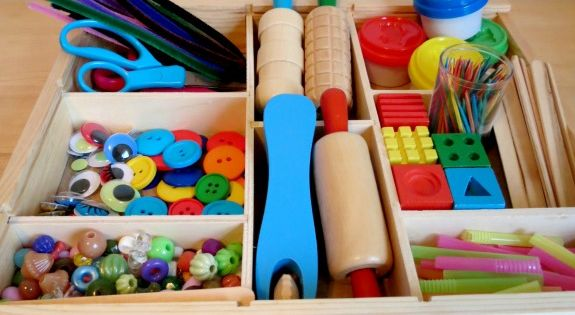 Play Dough Creation Station *Super simple play prompt that will keep your