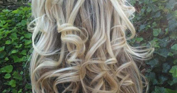 Sock bun curls- so easy and beautiful. Here is a link to