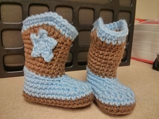 Pin on Crochets booties