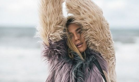 that time we took our faux fur to the beach // planetblue