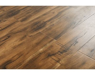 Pin By Suzie Nelson On Laminate Flooring In 2020 Laminate Flooring Maple Laminate Flooring Flooring