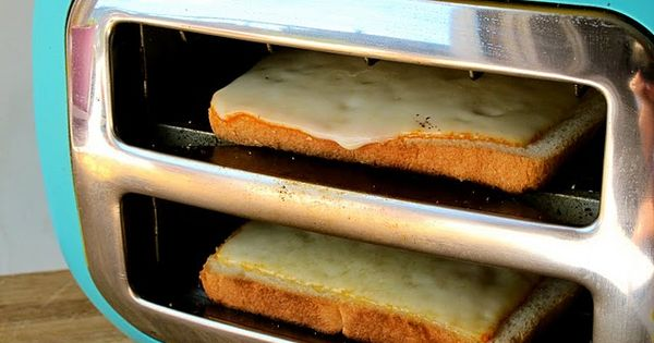 Turn your toaster sideways to make grilled cheese! What a great idea