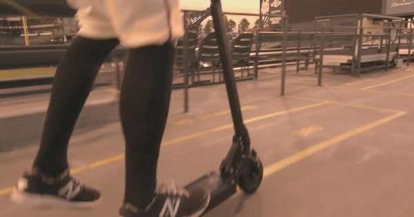 Hunter Pence Riding Ecoreco Scooter The Best Electric