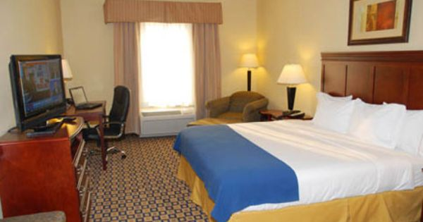 Holiday Inn Express Suites Waukegan Il Www Chicagowaukeganhotel Com With Images Suites Holiday Inn Home Decor
