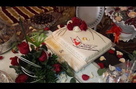 حفل خطوبة اخي بجميع التفاصيل هدايا العروس طريقتي فتزيين طورطة الخطوبة و التجهيزات المسبقة للحفل Youtube Christmas Ornaments Novelty Christmas Gift Wrapping