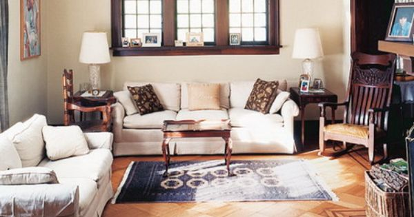 Bright white color scheme and modern sofa sets in small living room design ideas great living - Outstanding one room apartment decoration in bright white design ...