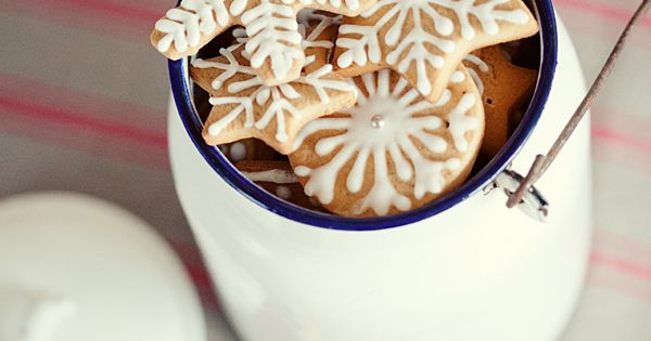 snowflake cookie icing idea