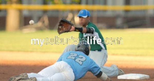 Dupage Hounds Host Chicago Zephyrs Get The Photo Sports Photos Photo Sports