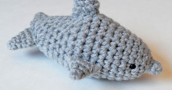 Free Crochet Pattern For The Letter O : Crochet Dolphin Amigurumi Dolphins, Patterns and The end