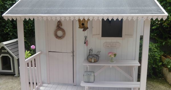 maisonnette en bois resto cabane pinterest playhouses play houses and wendy house. Black Bedroom Furniture Sets. Home Design Ideas