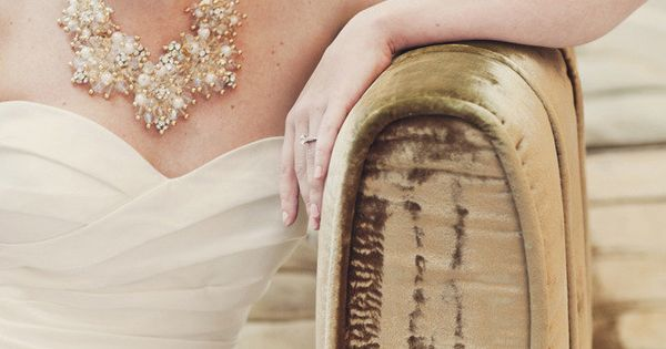 bride - love the statement necklace