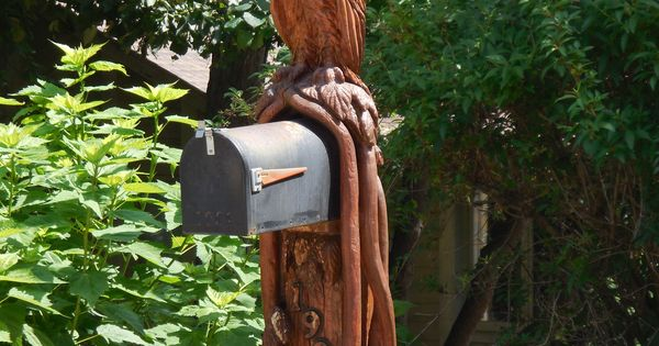 Carved eagle mailbox mailboxes pinterest wood