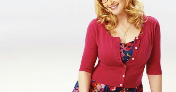 Bangs >> Melissa Rauch aka Bernadette Rostenkowski-Wolowitz   Lovely women   Pinterest   Melissa rauch ...