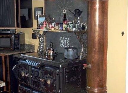 Cucina rigorosamente in ghisa e rame ideas for steampunk for Kitchen designs steampunk