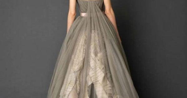 Vera Wang grey chiffon gown | A white wedding dress isn't for