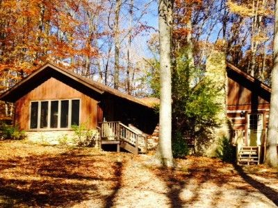 Brown county indiana log cabin with hot tub maple hills for Ponte coperto cabina brown county