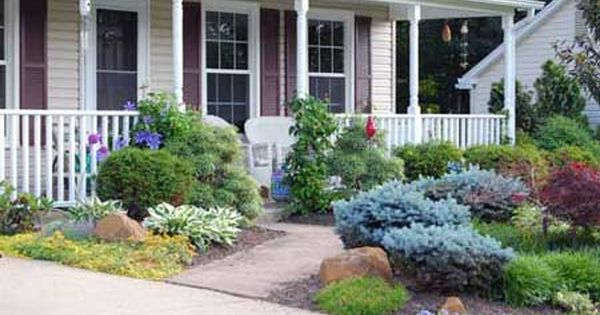 Pictures of small porch and landscape2 inexpensive for Small front porch landscaping ideas