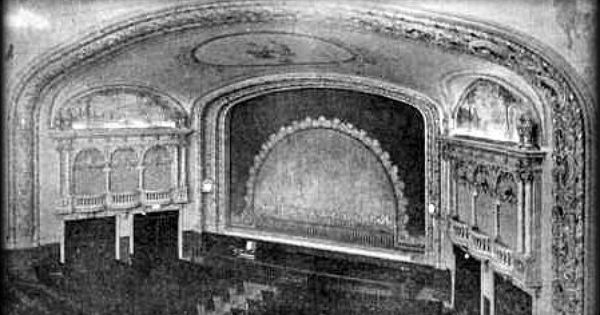 Original Auditorium 1926 Of Capitol Theatre 204 Mass Ave Arlington Ma Trip Barcelona Cathedral Landmarks