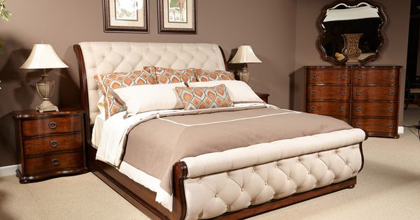 Fischer Furniture Cotswald King Upholstered Sleigh Bed