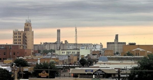 Salina Ks Not The Biggest City In The World By Far But It S Now Where I Call Home Salina Kansas Salina Favorite Places