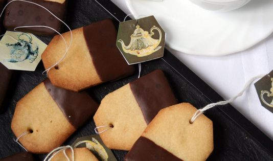 Chocolate dipped tea cookies! This is such a cute idea for a